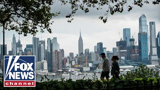 Nearly 300,000 people moved from NYC over past 8 months: Report